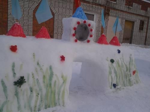 Украшения участков в детском саду зимой  фото